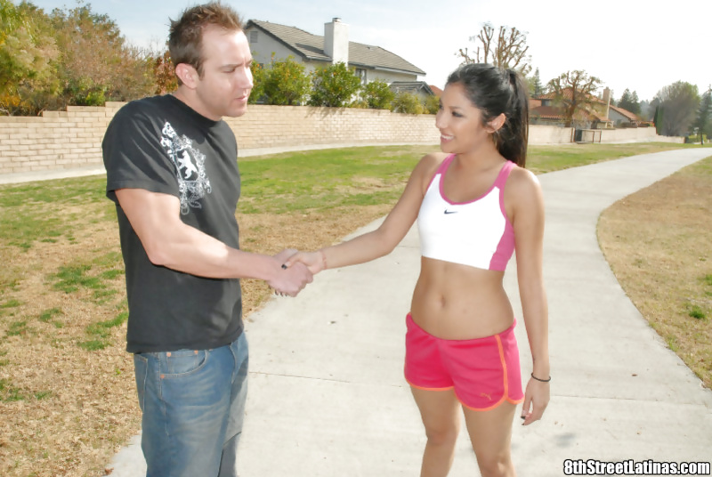 White stud penetrates marvelous Latina pussy of Franky Viexen