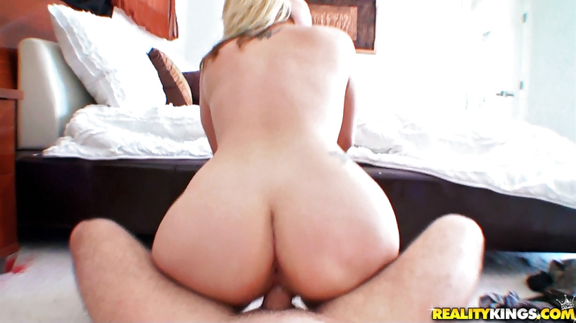Sexy blonde with big ass is enjoying great sex