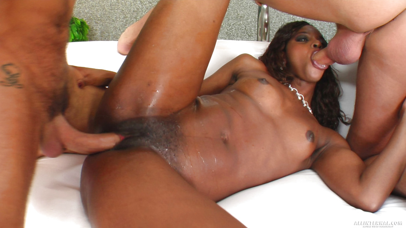 Ebony European beauty with great abs shows her lust on camera