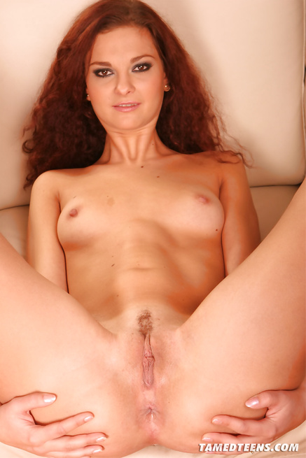 Redhead babe wants to be banged deep into her ass