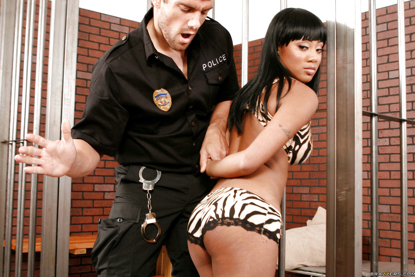 Thick ebony prisoner seducing her big-dicked white guard