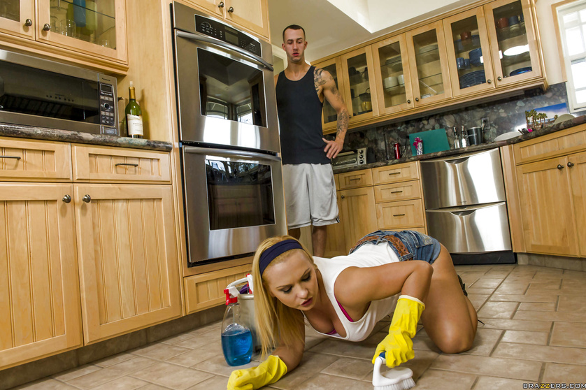 Tiny blonde with a thick ass does housework and gets fucked