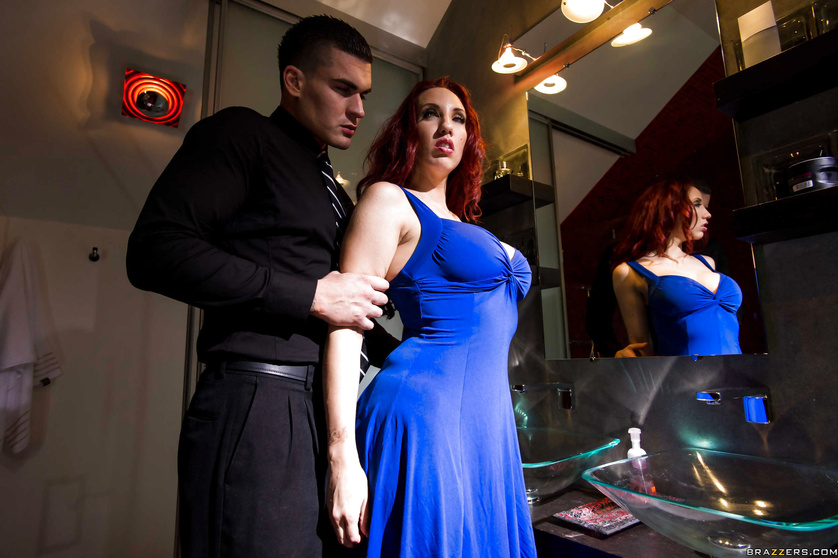 Blue dress redhead tries to steal some jewelry in a creative way
