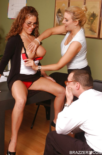 Teachers enjoy their wild FFM threesome in a break room