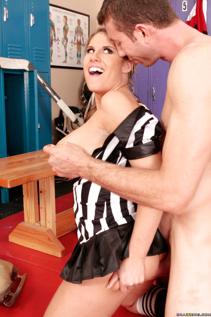 Powerful hockey player is banging the sexy referee