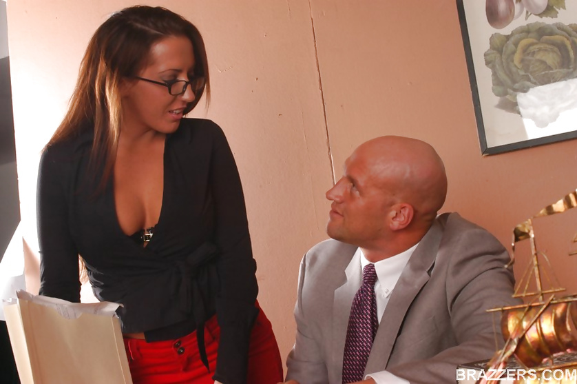 Tanned and racy Richelle Ryan gets railed by her big-dicked boss