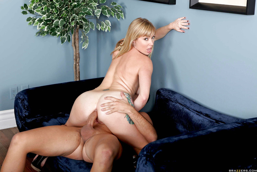 Join the strong guy banging the blonde's ass in the office