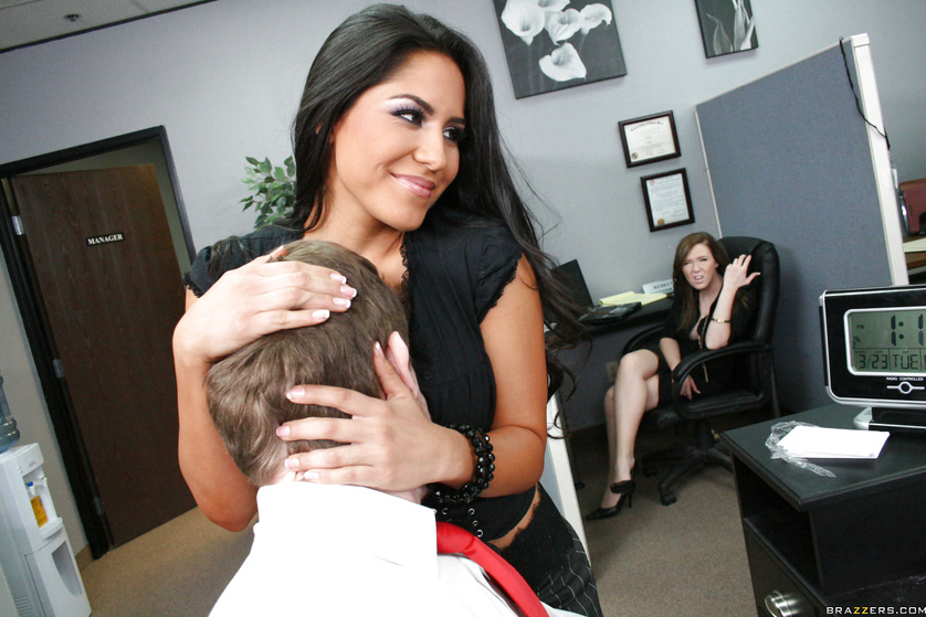 Juicy and spicy Latina Jenaveve Jolie gets banged at the office