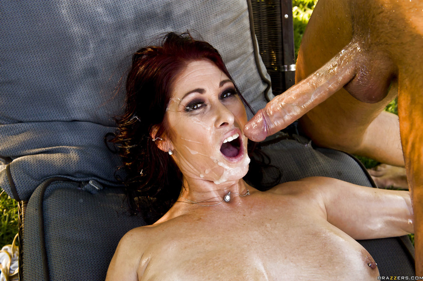 Ginger whore in black stockings loves fucking outdoor