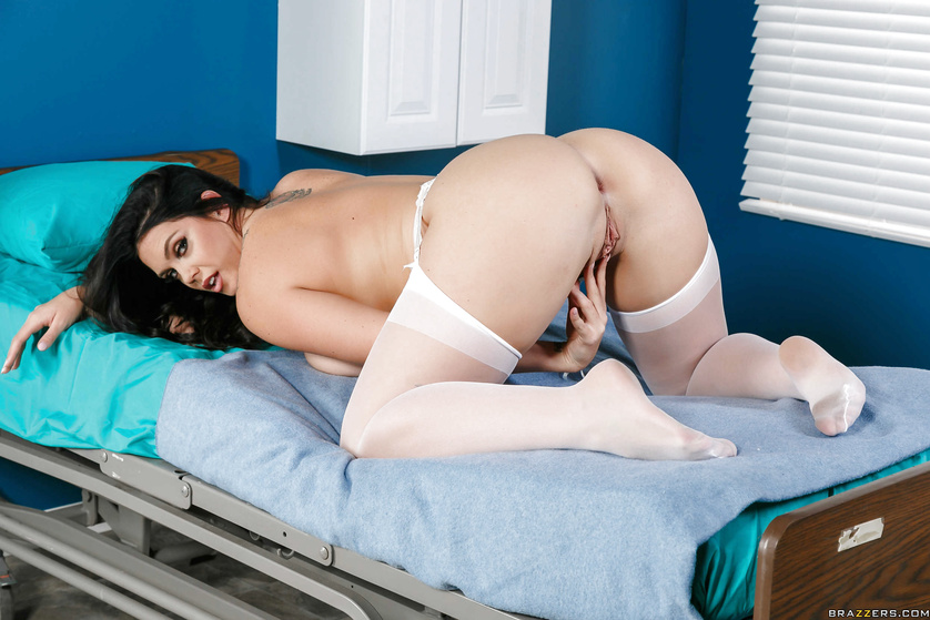 Juicy nurse in white uniform is fucking wildly with the doctor