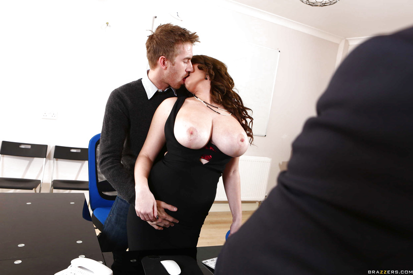 Thick-ass Tasha Holz seduces her big-dicked colleague and rides him