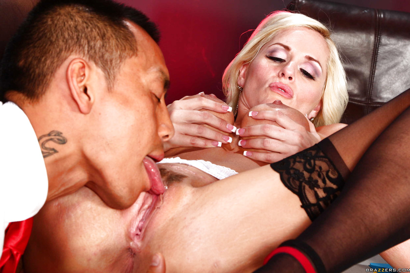 Blonde bombshell fucking a massive dildo in preparation for his cock