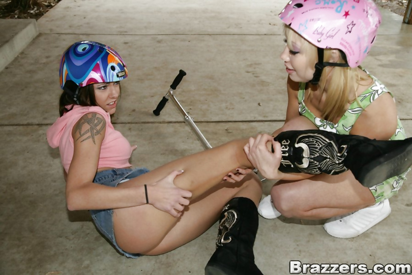 Skinny blonde with colorful panties comforted by this guy's cock