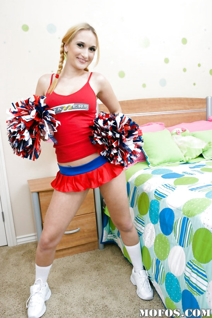 Lovely cheerleader blonde getting banged on her huge bed