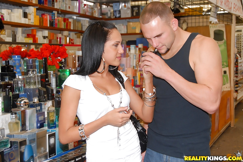 Kinky woman is demonstrating blowjob and tits fucking skills