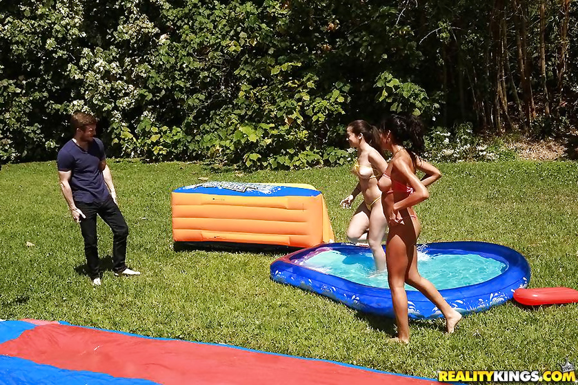 Lovely Latina sluts are happy to have threesome outdoors