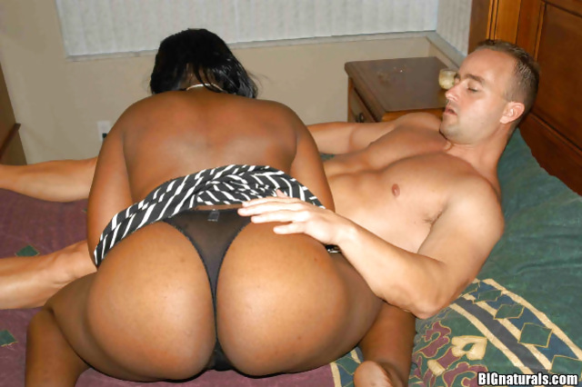 African beauty and her horny sex partner enjoying a great fuck