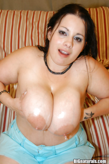 Doggy style intercourse with a fantastic BBW cutie in close up