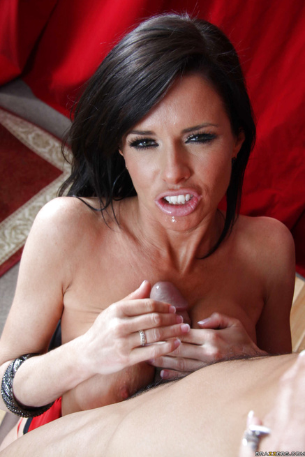 Emma Starr and Veronica Avluv make everything unforgettable