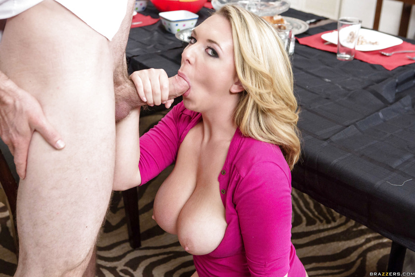 Blonde MILF with huge boobs is happy to be fucked