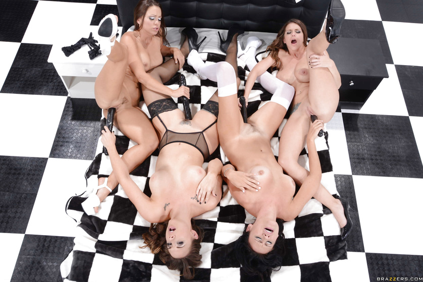 Abigail Mac, Ashli Ames, Brooklyn Chase and Chanel Preston: nuff said