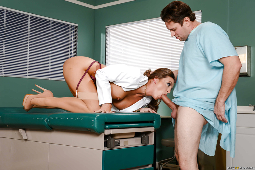 Labcoat-wearing brunette bombshell gets fucked by a patient