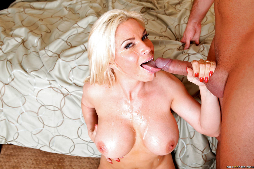 Chubby blonde knows how to satisfy her strong partner