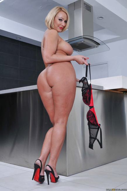Tight dress short-haired blonde gets fucked in the kitchen