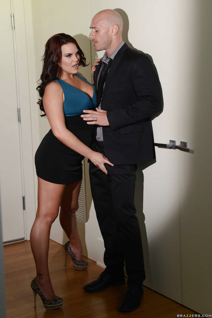 Redhead slut is sharing the bald man with the brunette lady