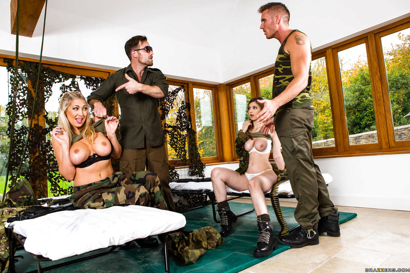 Massive tits military whores blow their drill sergeant together