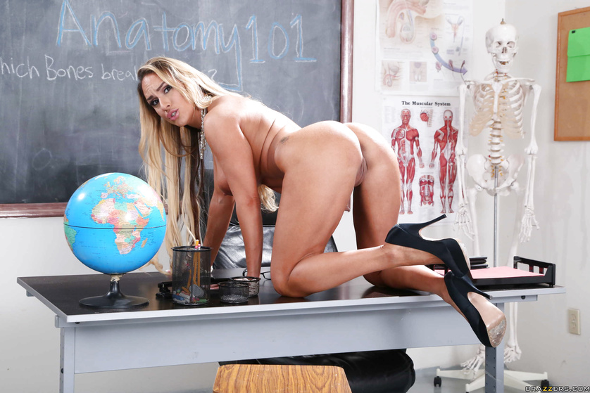 Blonde teacher is toying her pussy before having sex