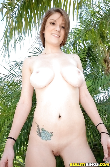 Dillion Carter is happy to demonstrate her great fuck skills