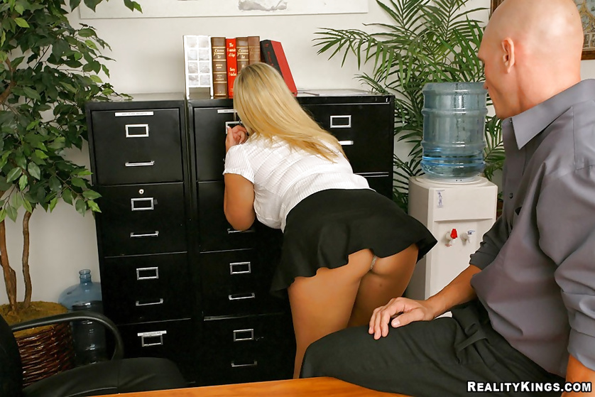 Busty secretary Abbey Brooks gets pounded in her high heels