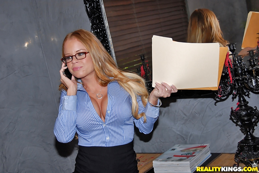 Nikki Delano pounded nicely while wearing her seductive glasses