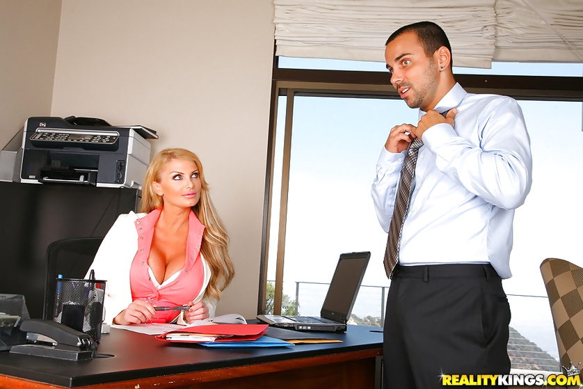 Seduction story with a fabulous MILF secretary and her boss