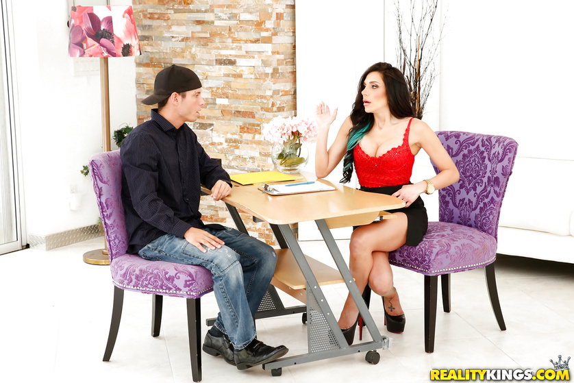 Seduction session features a busty MILF and a guy with a big cock