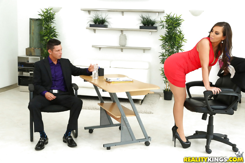 Boss has her MILF pussy penetrated in astounding pantyhose