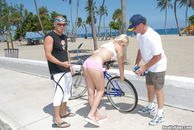 Having tight buns penetrated after an outdoor ride on the bike