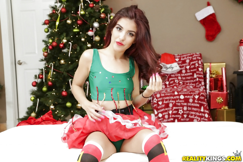 Fucking awesome brunette under the Christmas tree