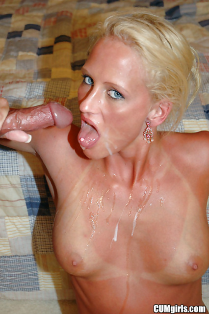Amazing blonde with big tits is getting pleased hard