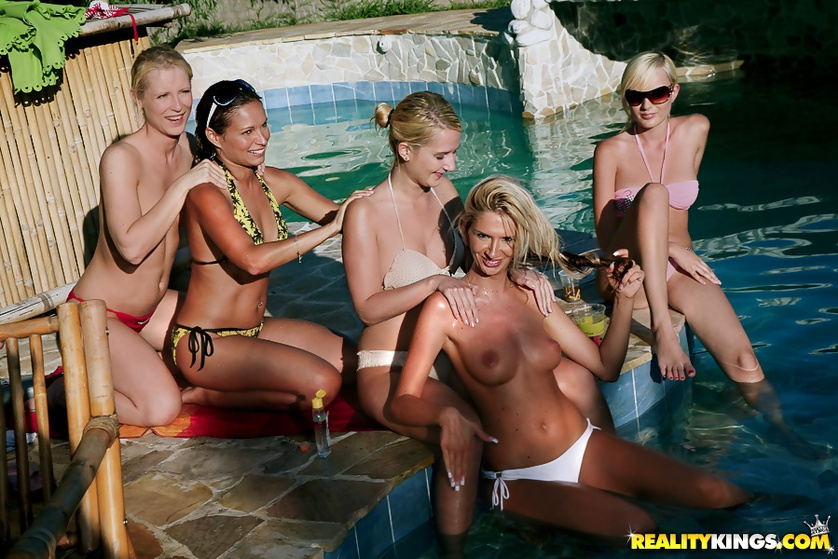You will like this awesome gangbang party next to the pool