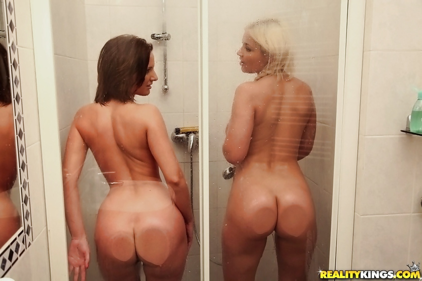 Filthy ladies are fingering twats and getting banged