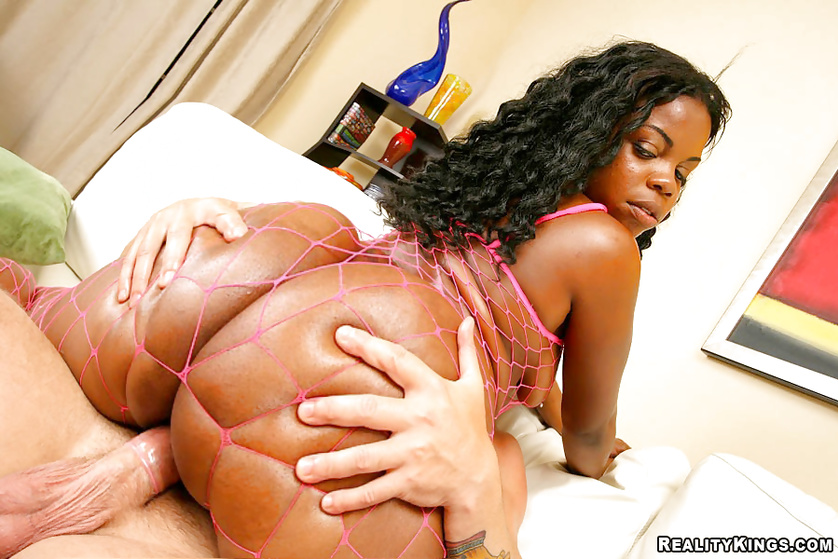 Having wild foursome with two ebony ladies on camera