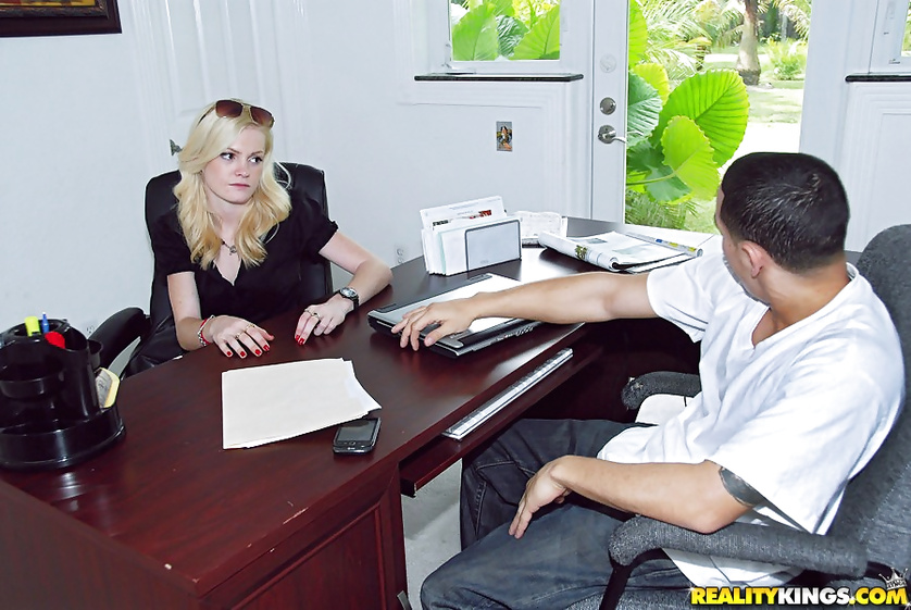Having wild sex with tattooed man in the big office