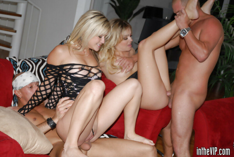 Unstoppable guys are penetrating sweet blondes on the red sofa