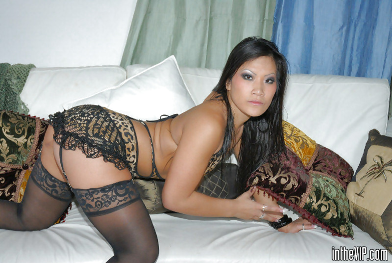 Asian brunette is happy to take part in foursome