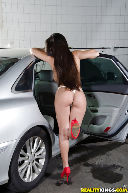 Lustful man loves fucking sweet brunette on the car