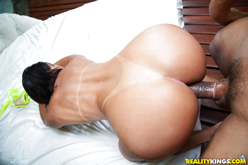 Unstoppable Latina woman wants her man to punish her hard