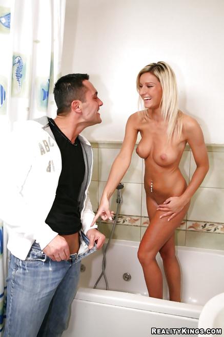 Amazing blonde loves taking shower before having sex