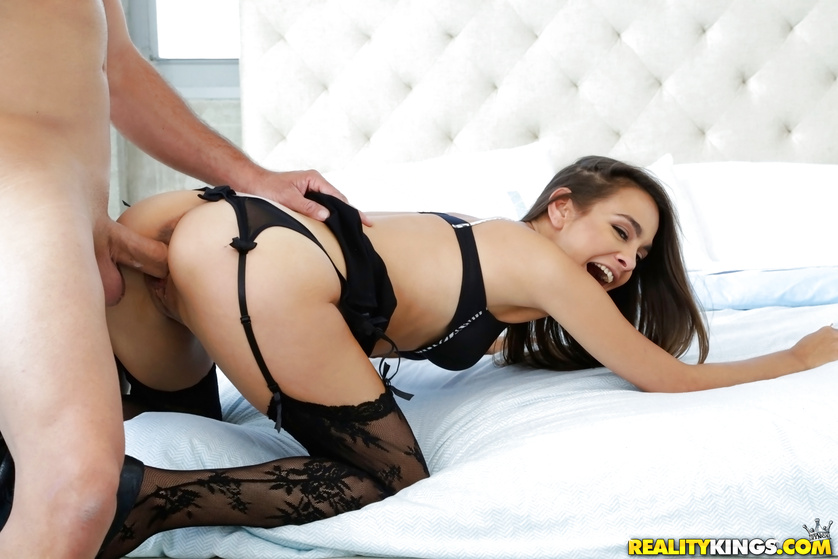 Awesome woman is going mad being banged wildly